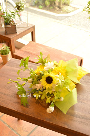 フラワーギフト ブーケ 結婚記念日